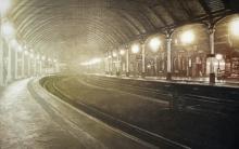 e-stationlightxiv.jpg